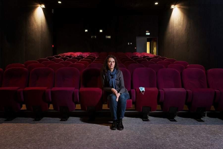 johanna-senpau-les-femmes-au-coeur-de-la-crise-stephanie-du-cinema.jpg